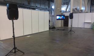 Звуковое оборудование на выставке